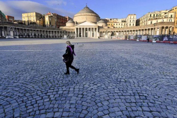 Napoli città stretta